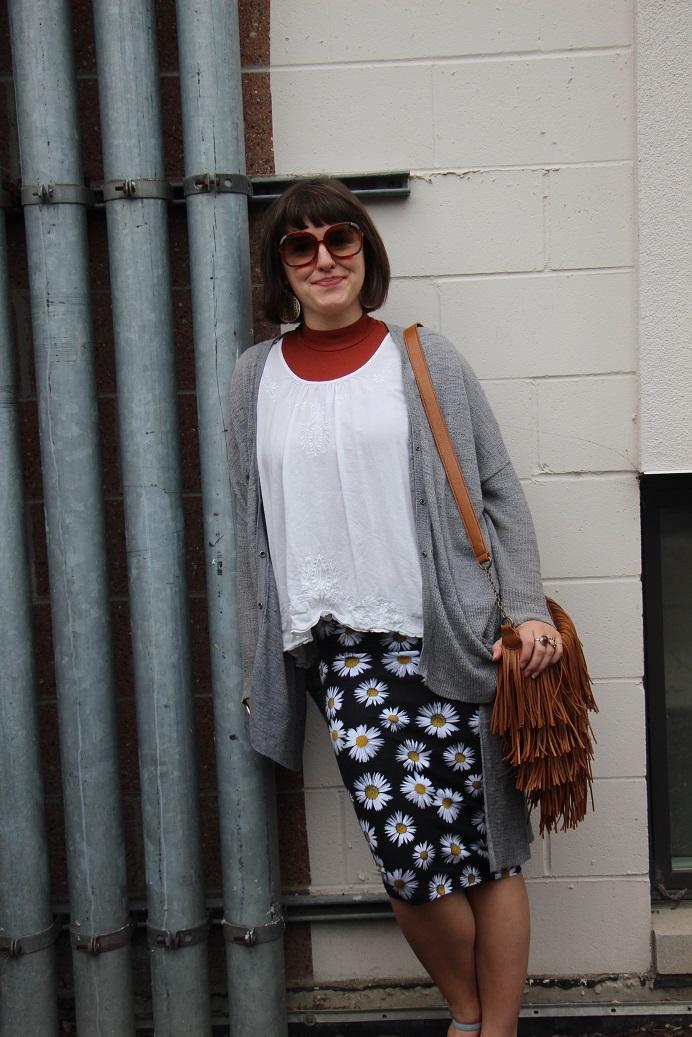 daisy-flower-skirt